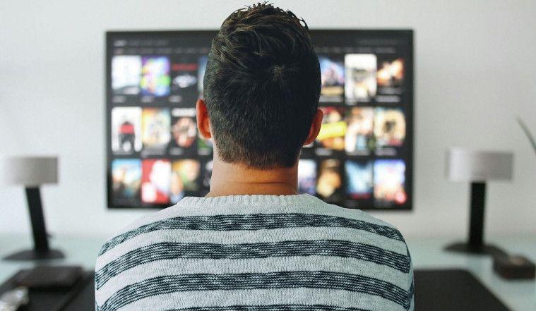 Nemu VCD Jadul, Remaja ini Kaget Lantaran Isinya Video Ortunya Lagi Wik Wik! | Keepo.me