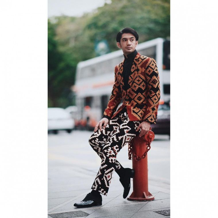 baju-batik reza rahadian