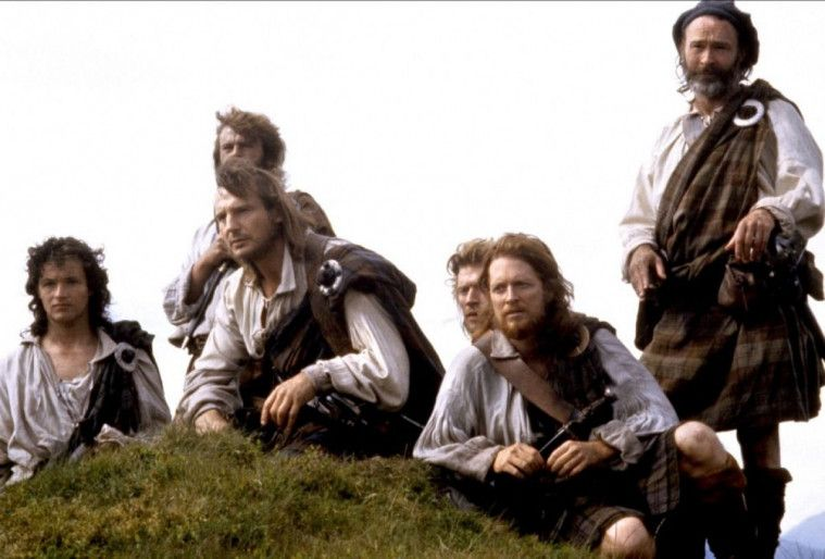 11 Film Liam Neeson Terbaik Yang Penuh Drama Dan Intrik