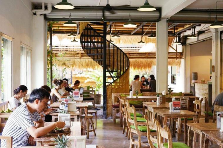 vegetarian cafe in bali