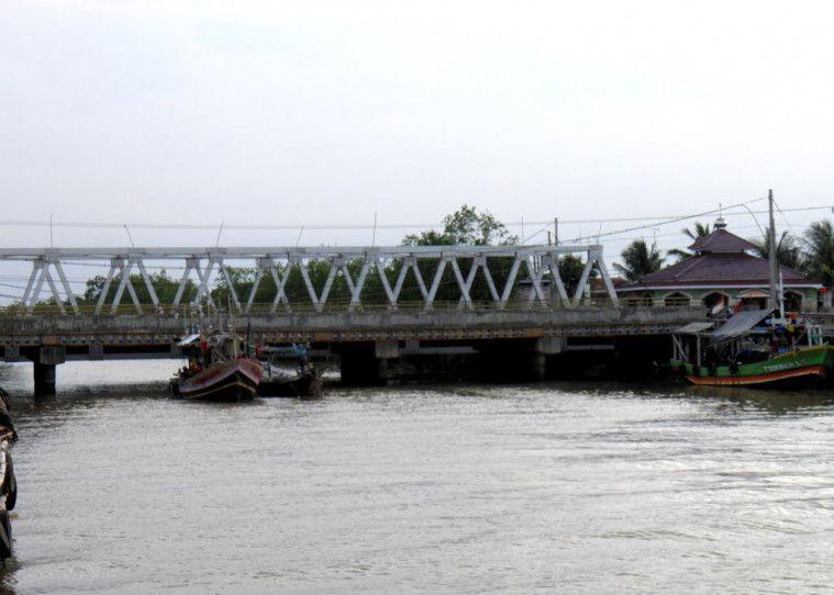 Jembatan Eretan