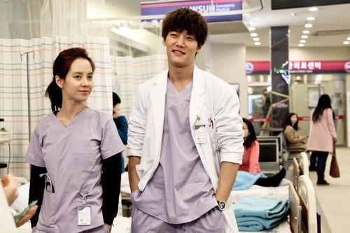 daftar drama Korea Emergency Couple (2014)