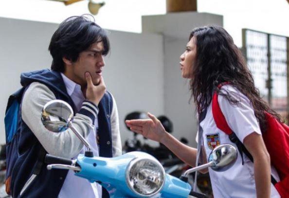 7 Film Jefri Nichol Terbaik yang Sukses Curi Perhatian  A: Aku, Benci & Cinta