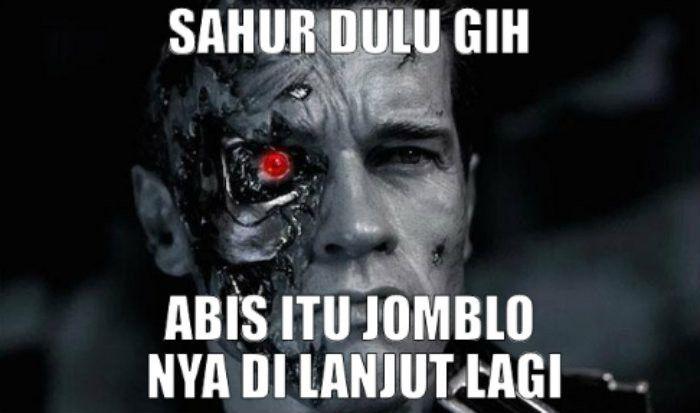 4. meme jomblo