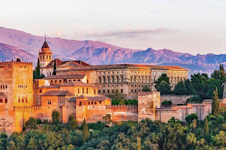 Islam menguasai Andalusia
