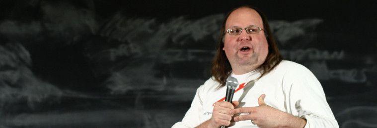 Penemu yang membenci penemuannya sendiri adalah Ethan Zuckerman