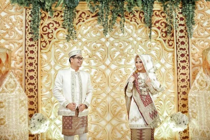 Menikah Secara Adat Dengan Hijab Bisa Kok