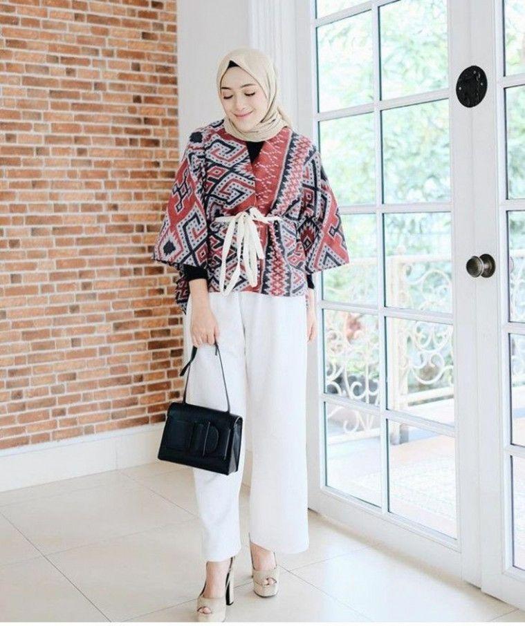 13 Model Baju Batik Trendi Untuk Anak Muda Pria Wanita