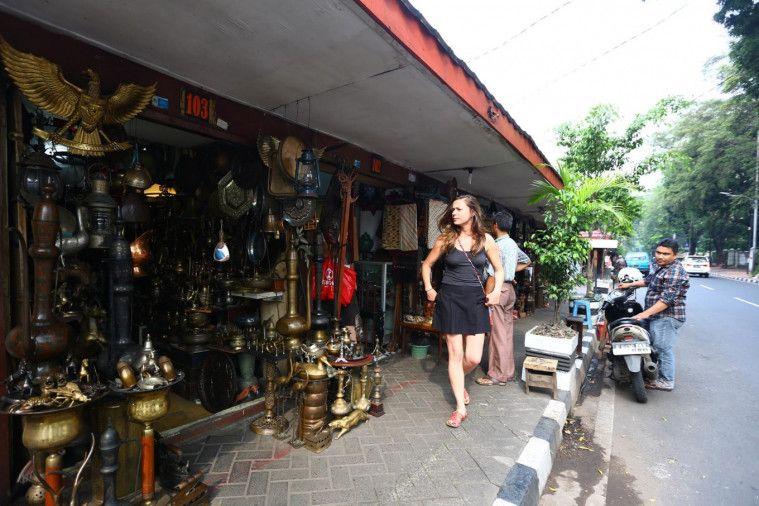 kolektor barang antik