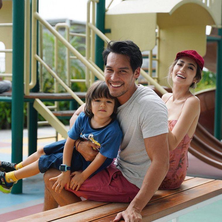 3 Tetangga Jessica Iskandar Positif Corona dan 1 Meninggal
