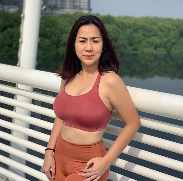Sosok Tante Ernie Yang Viral Sebagai Wanita Pemersatu Bangsa