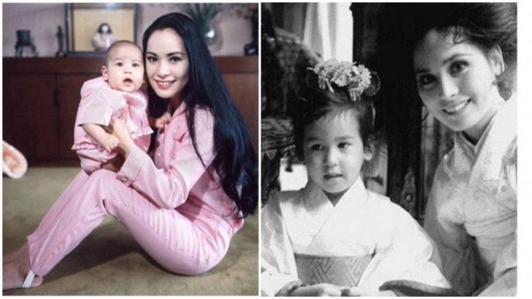 Ratna Sari dengan putrinya, Kartika Sari Dewi Soekarno