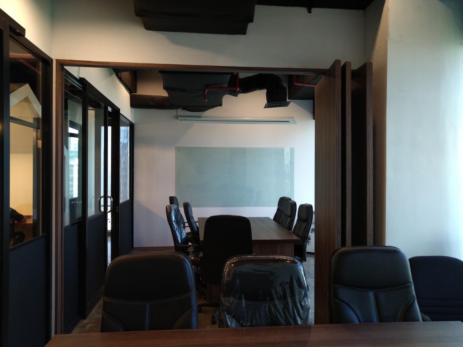 Coworking space, work, apiary, milenial